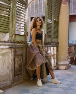 Izzy Bizu | Photographer Alex de Mora | Fashion Stylist Hollie Lacayo